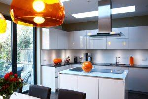 Glass splashbacks worktops