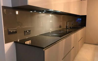 Kitchen splashback in Sawbridge